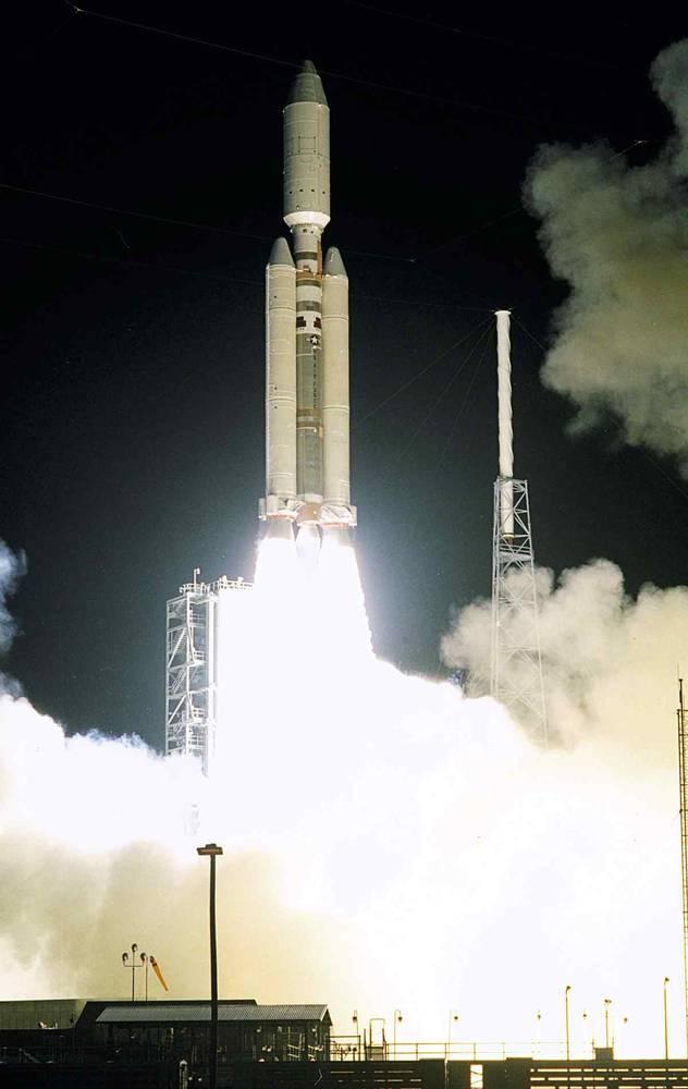 "Запуск миссии ""Кассини-Гюйгенс"""
