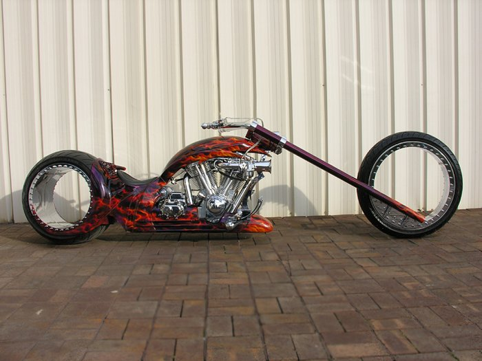 Hubless Monster — мотоцикл с безосевыми колесами
