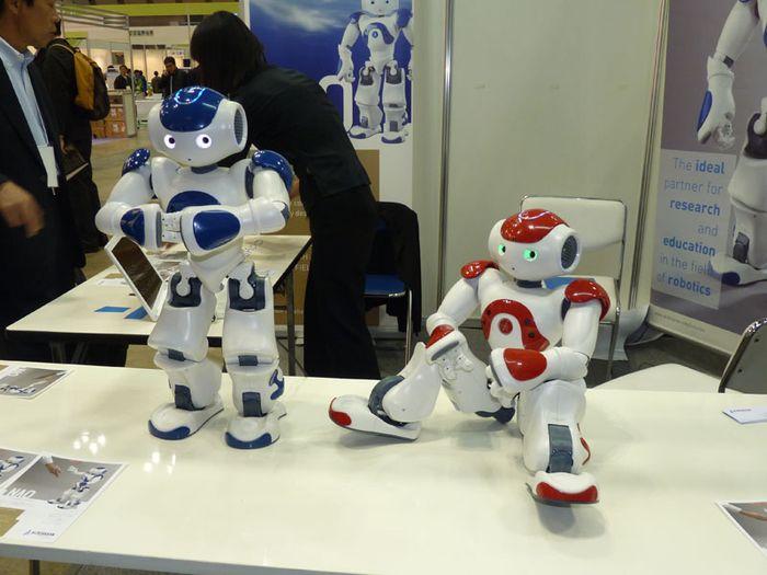 Игрушка робот Nao от Aldebaran Robotics
