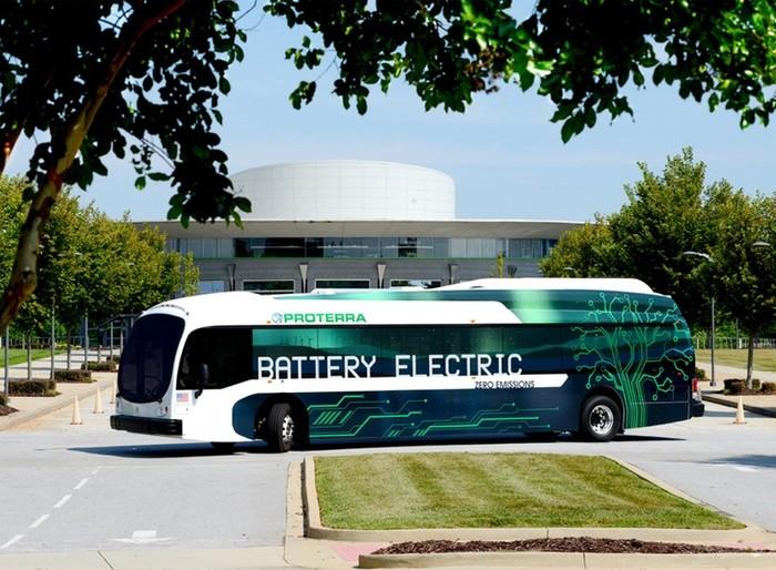 Электроавтобус Proterra Catalyst XR на одном заряде аккумулятора преодолевает  400 км