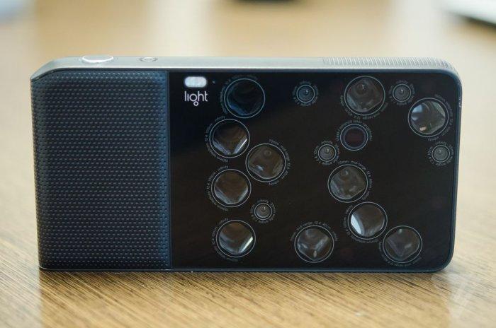 Light L16 - 16-линзовая  камера с постфактумом настройки резкости