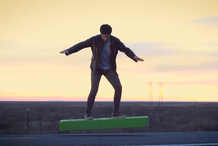 ArcaBoard - летающий скейтборд на турбинной тяге