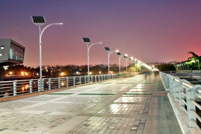 Уличные фонари в Лас-Вегасе  с подзарядкой от проходящих мимо пешеходов