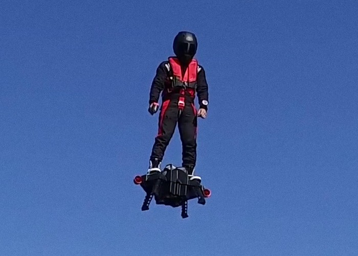 Flyboard Air - реактивный летающий ховерборд