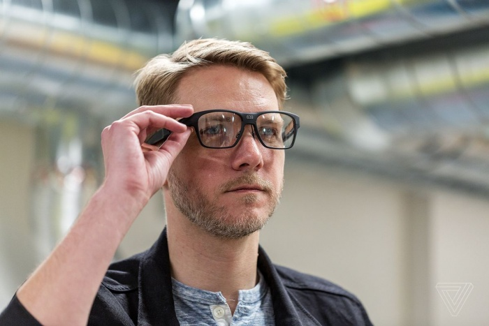 Intel Vaunt – смарт-очки в модной оправе