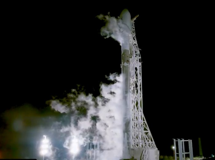В космос отправились первые два спутника по раздаче глобального интернета