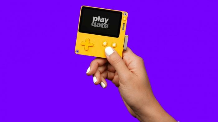 Playdate — новая игровая консоль с заводной ручкой