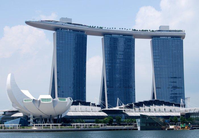 Гостиница-казино Marina Bay Sands