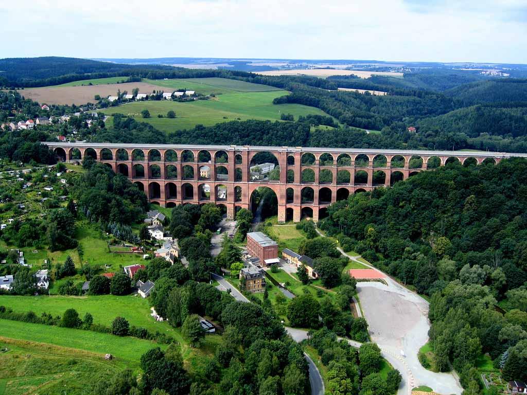 Виадук Гёльчтальбрюкке - самый большой кирпичный мост