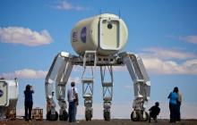 NASA тестирует роботов для использования в космосе