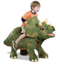 Детеныш трицератопса - транспортный робот-игрушка