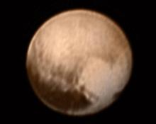 Космический аппарат «Новые горизонты» передал снимки Плутона