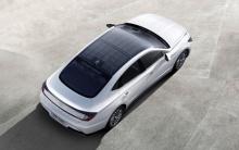 Первый автомобиль Hyundai с солнечными панелями на крыше