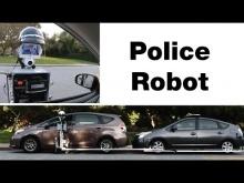 Embedded thumbnail for Полицейский робот проверяет документы автомобилистов