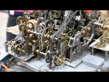Embedded thumbnail for Бесполезный механизм из сотен  шестеренок